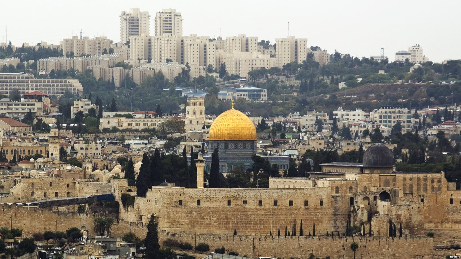 Photo: REUTERS. A general view of Jerusalem's old city.