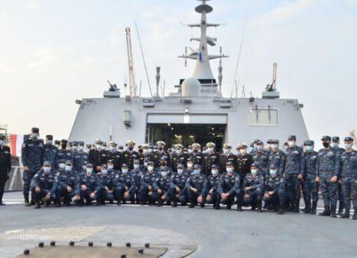 """القوات البحرية تتسلم الفرقاطة الشبحية """"بورسعيد"""""""