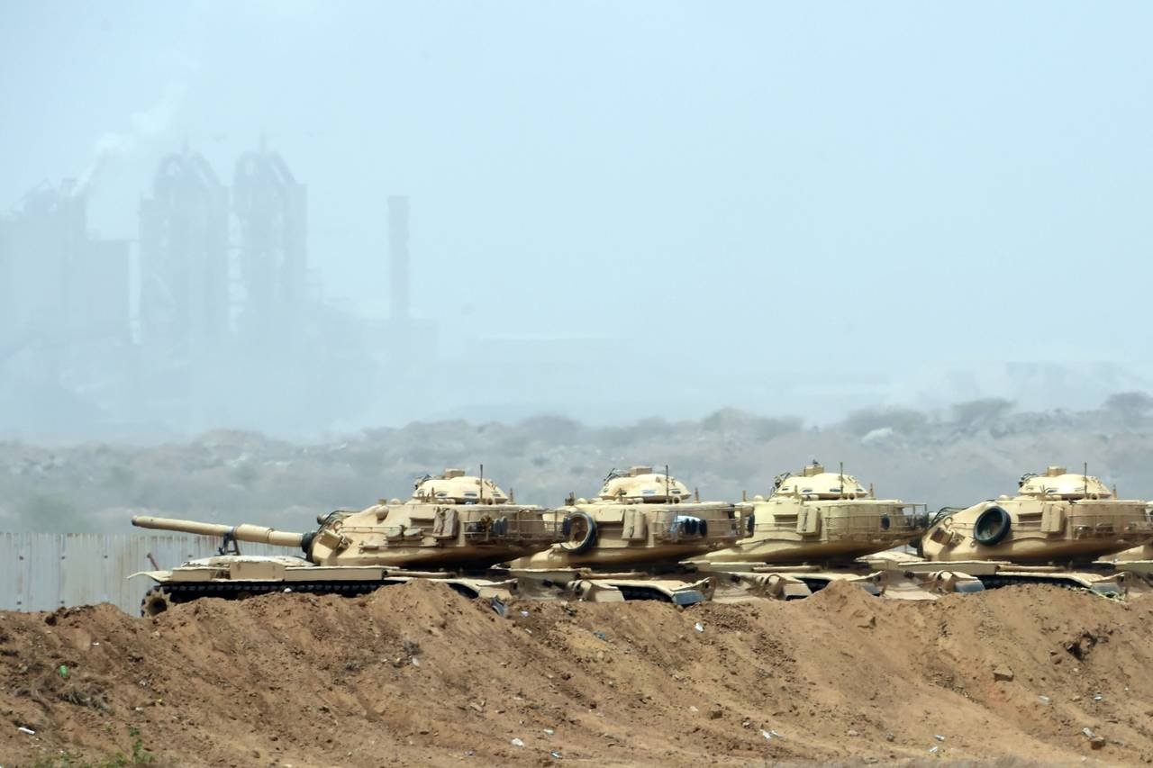 Saudi army tanks near the Saudi-Yemeni border, in southwestern Saudi Arabia, on Thursday. PHOTO: FAYEZ NURELDINE/AGENCE FRANCE-PRESSE/GETTY IMAGES MPC Journal