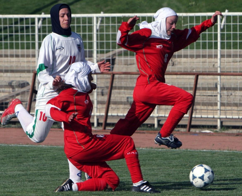 Women: A Benchmark of Saudi and Iranian Reform mpc-journal.org Image ©: AP