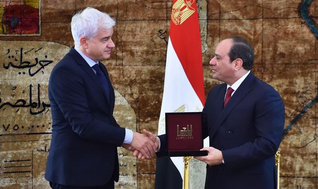 Dresden Opera Boss Regrets Award to Egyptian President