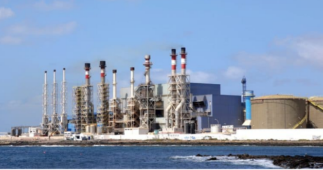 Algeria to Begin Building Three New Seawater Desalination Plants